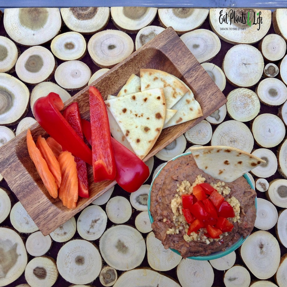 Roasted Pepper Black Bean Hummus2