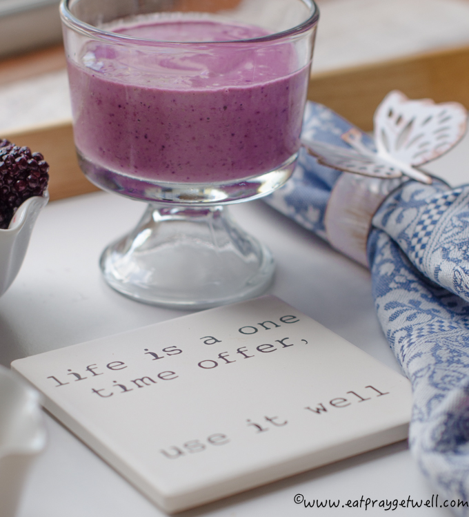 post workout berry cashew butter smoothie