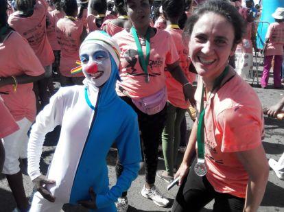 Celebrando el final de la carrera. Foto: entreColyCol