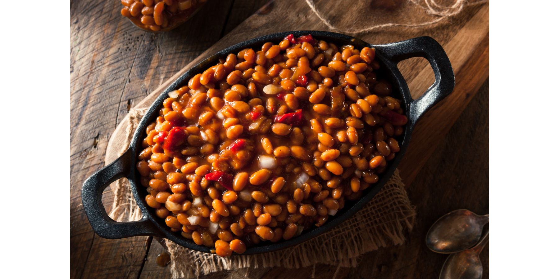 BROWN SUGAR AND BOURBON BAKED BEANS