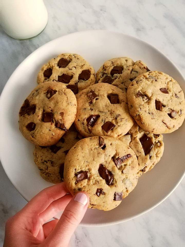 chocolate chip cookies taking