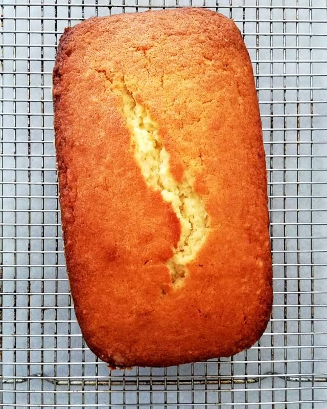 pound cake cooling on wire rack