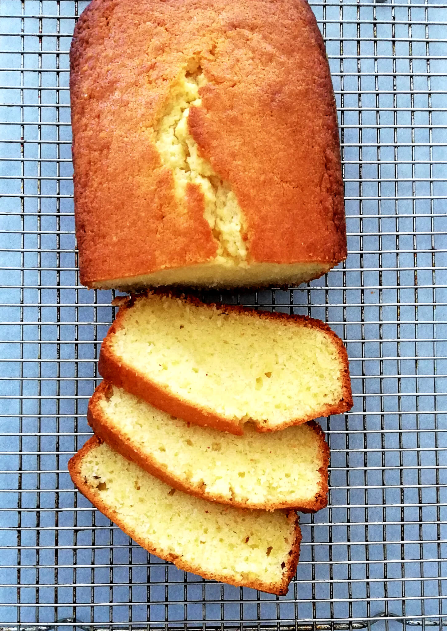 pound cake sliced and on wire rack