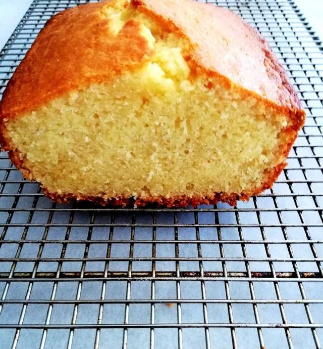 pound cake sliced