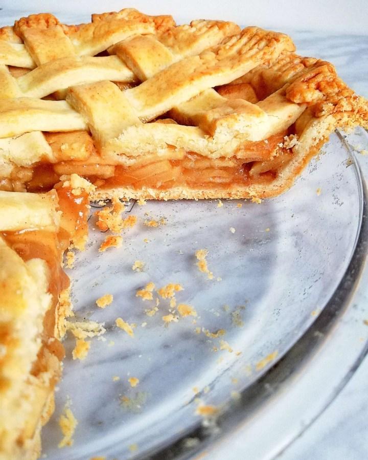 apple pie sliced side view