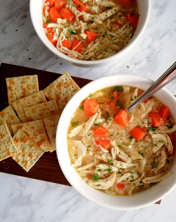chicken and rice soup with crackers