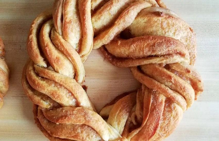 cinnamon swirl wreath bread on cutting board