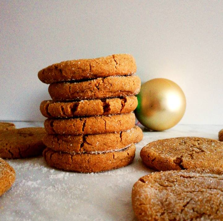molasses cookies stacked (1)