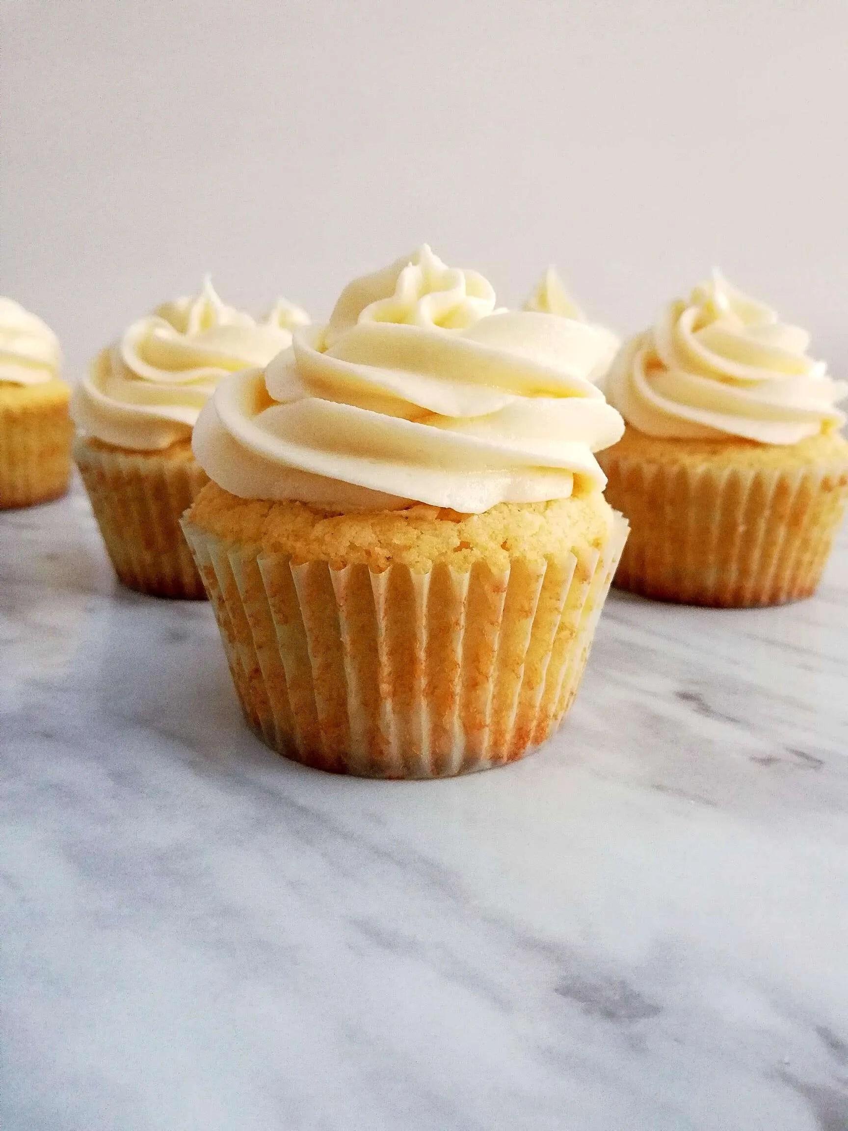 Sour Cream Vanilla Cupcakes