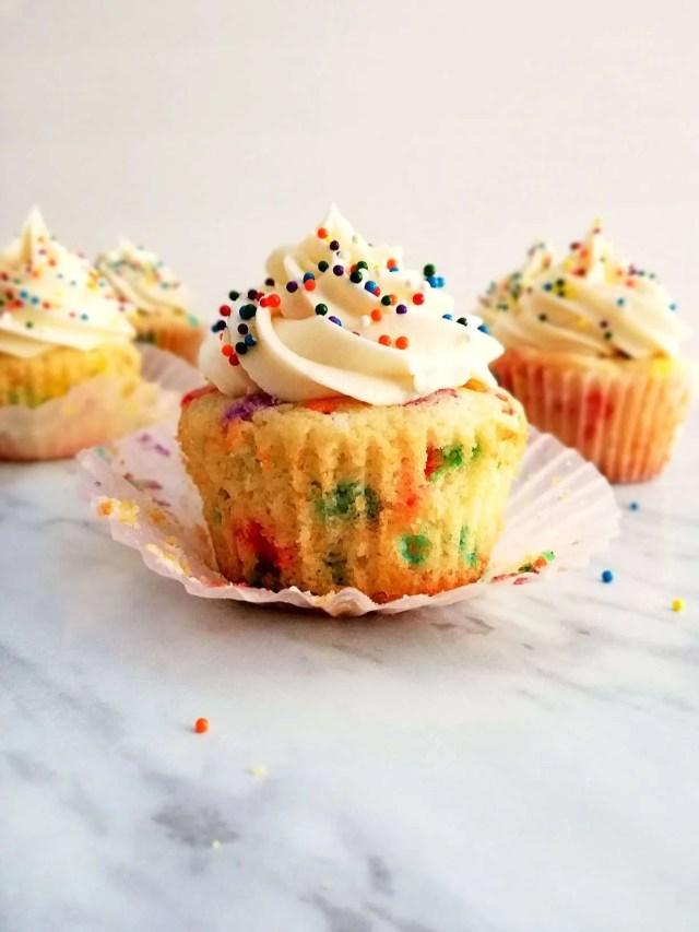funfetti-cupcakes-unwraped