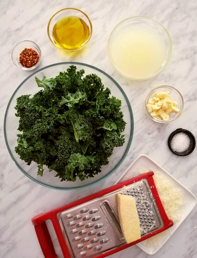 spicy kale pasta ingredients