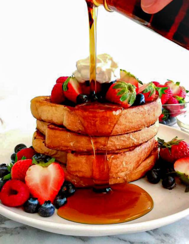 French-toast-pouring-maple-syrup-on-top-1 (1)