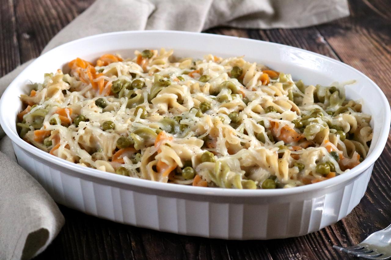 Cheesy Tuna Noodle Casserole |