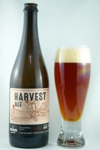 Review Muskoka Harvest Ale (front)