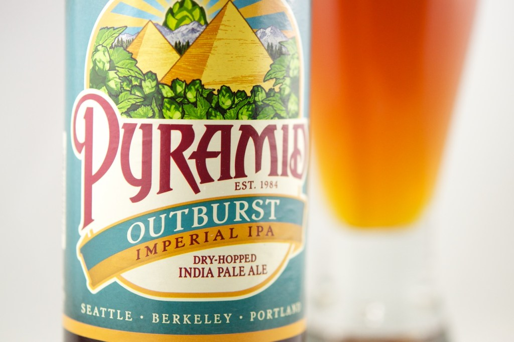 Beer Review Pyramid Outburst DIPA (close up)