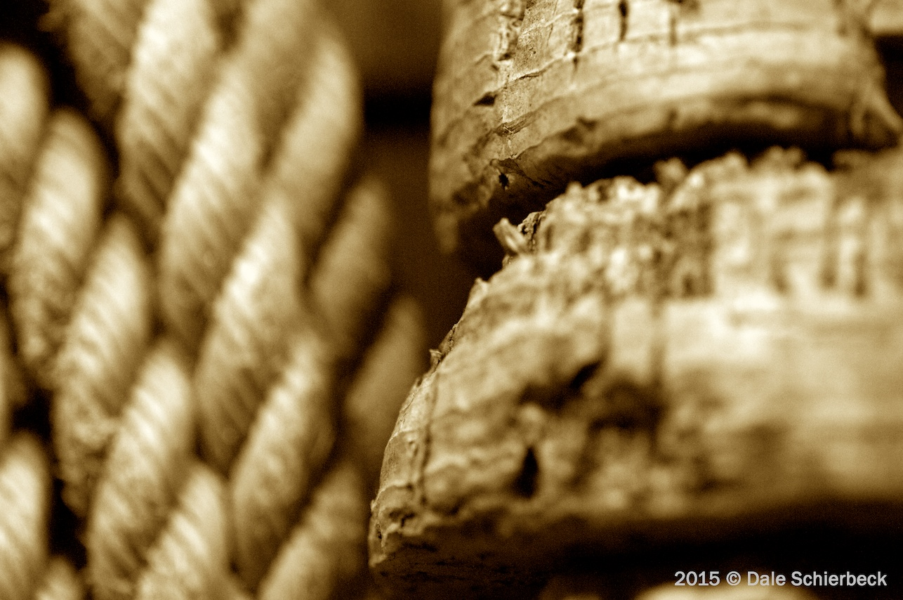Monochrome Rope and Cork3