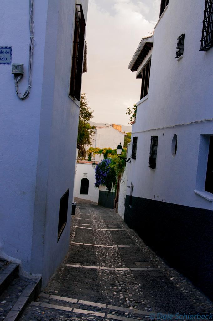 Up streets of Albaicin - walls