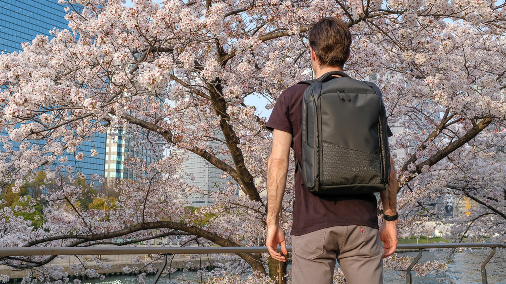 NOMATIC Travel Pack Review: Most Functional Travel Bag?