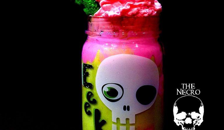 zombie frappuccino #zombiefrappuccino Halloween recipe zombie milkshake