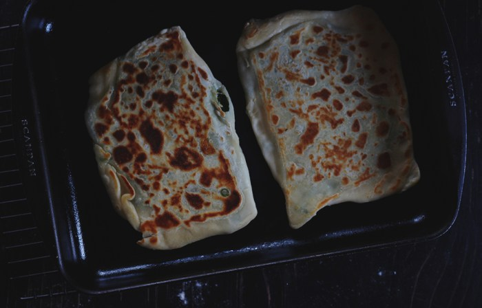 gozleme in the pan
