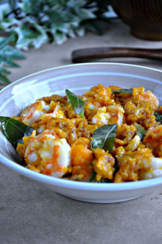 Golden Pumpkin Salted Egg Yolk Prawns_3
