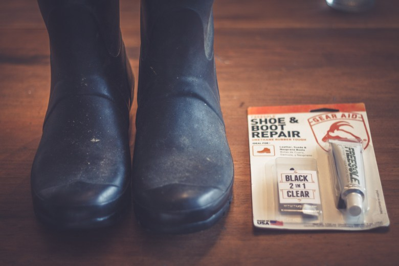 How to repair cracked Hunter rubber boots.