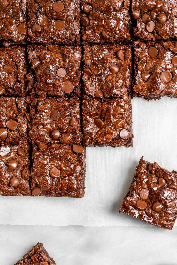 Brownies arranged together showing the shiny crust.