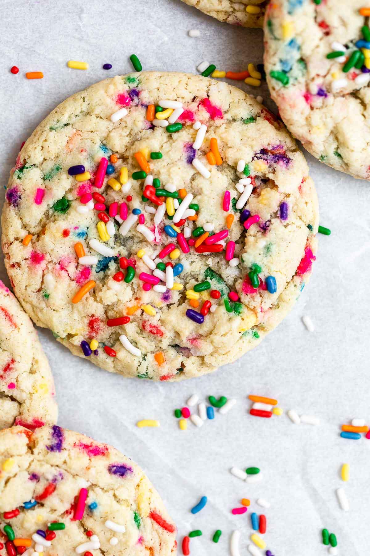 Vegan funfetti sugar cookies with sprinkles.