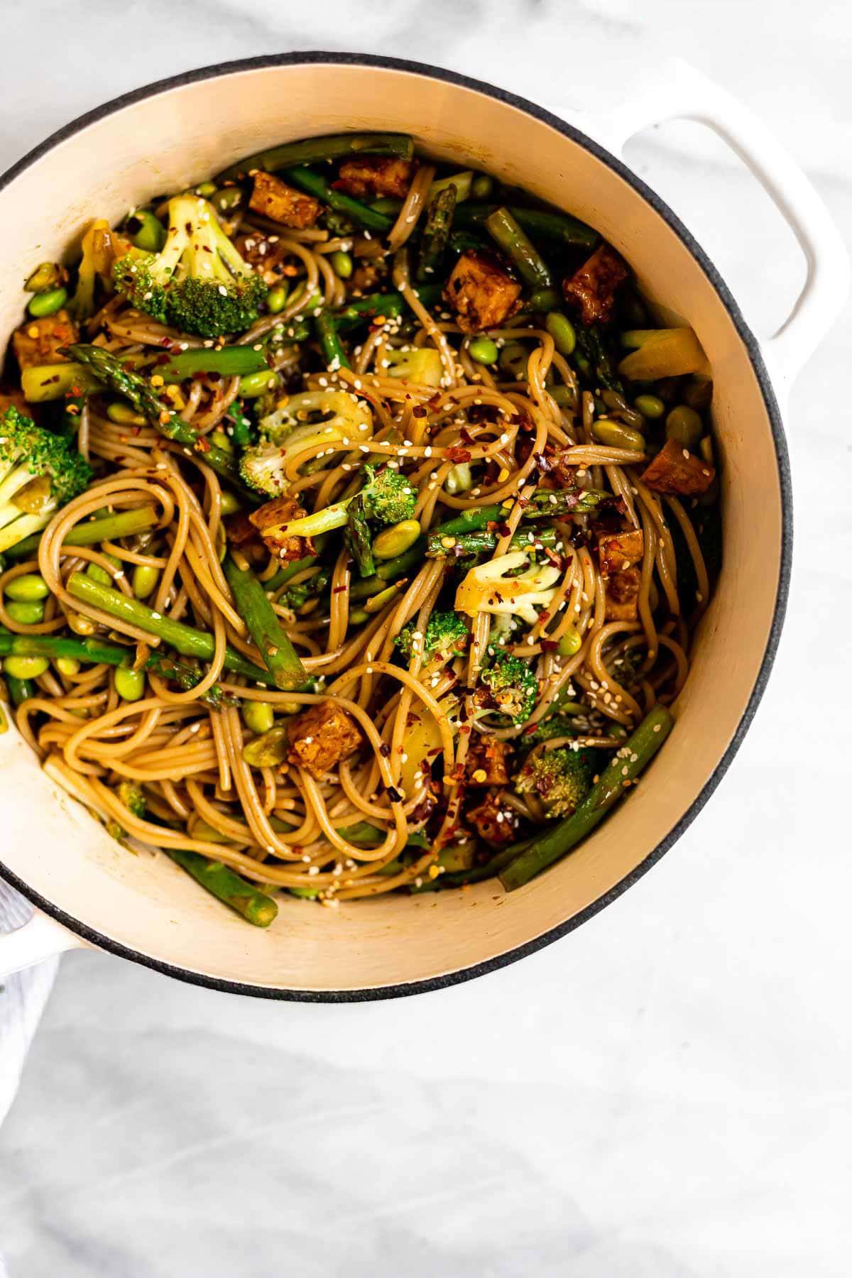Final recipe in a pot with noodles, broccoli and tofu.