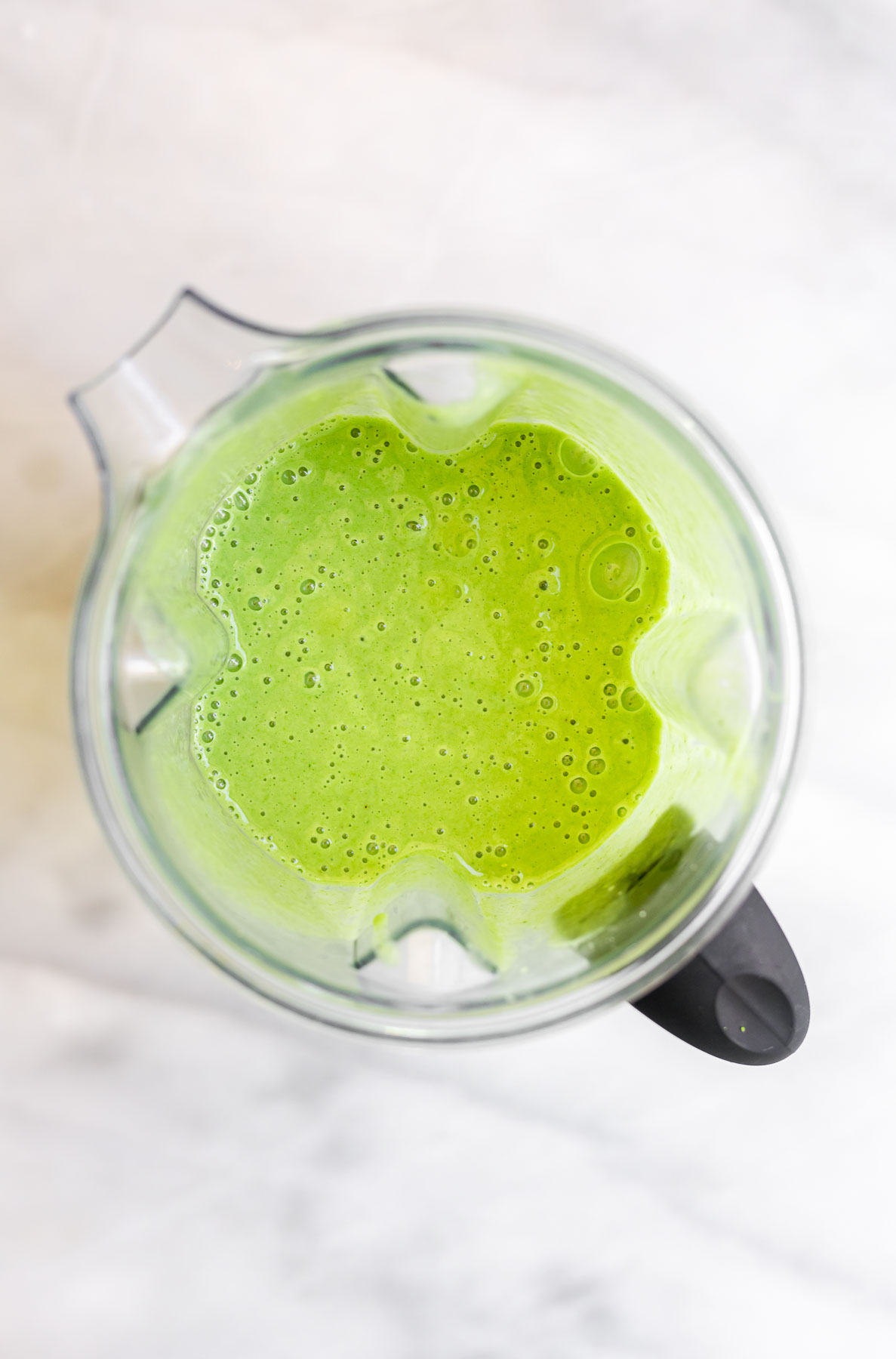 broccoli smoothie in a blender