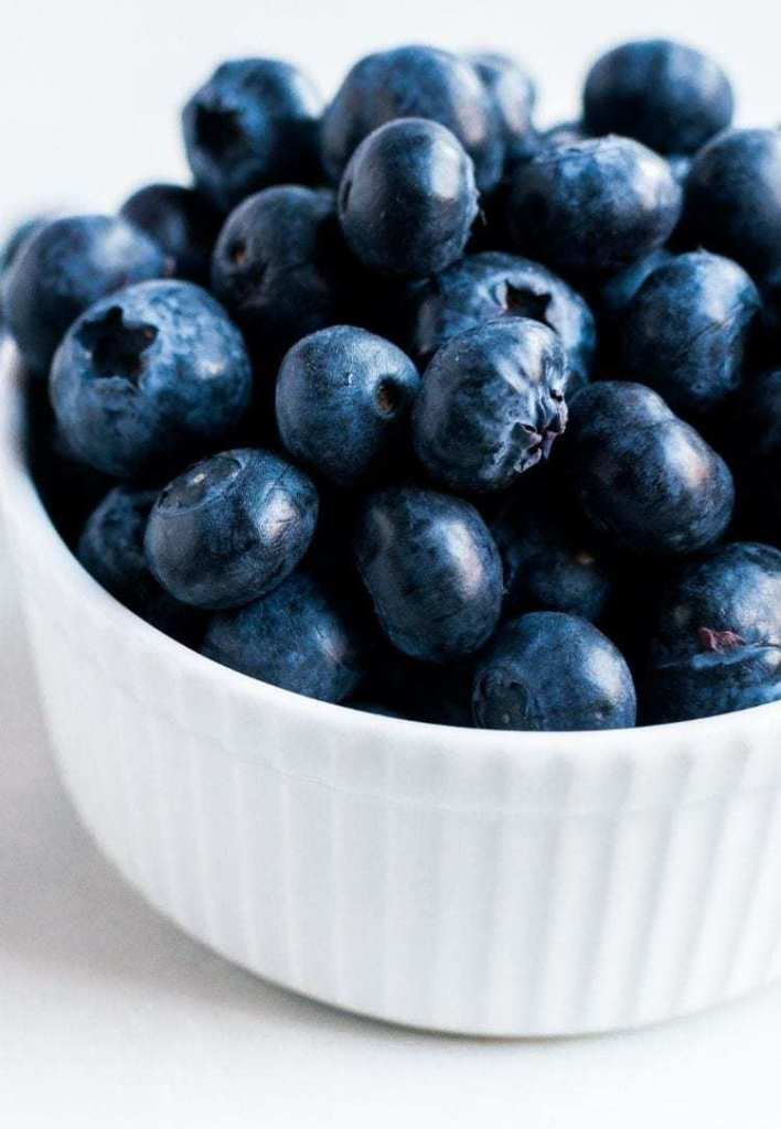 Health and beauty benefits of blueberries. Beauty benefits of blueberries. Health benefits of blueberries.