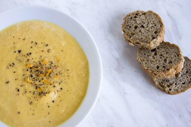 butternut squash soup @eatyourselfgreek
