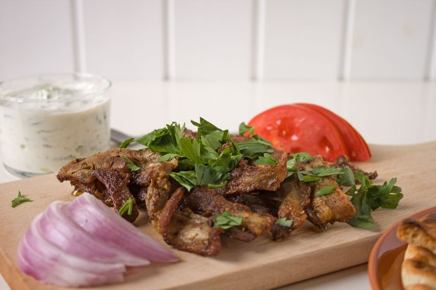 gyros at home @eatyourselfgreek