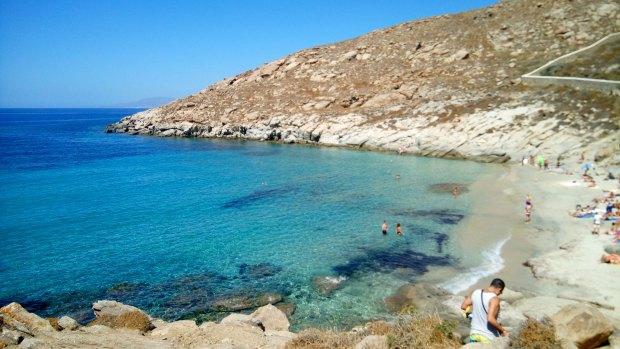 Kappari beach, Mykonos beaches @eatyourselfgreek