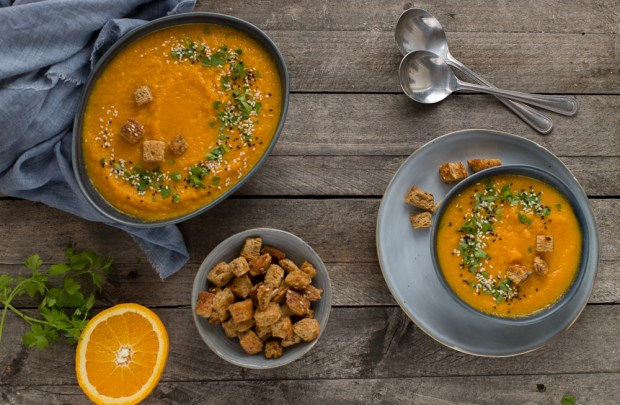 carrot and orange soup @eatyourselfgreek