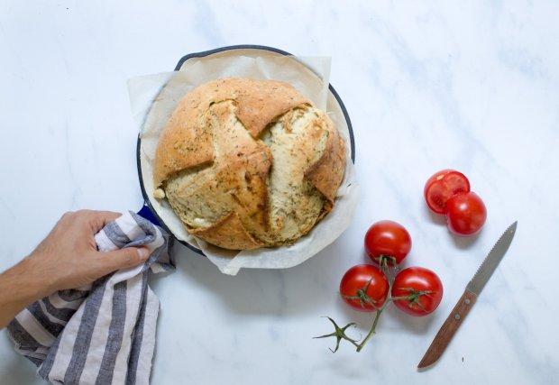 feta cheese bread @eatyourselfgreek