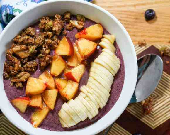 Peach Blueberry Smoothie Bowl