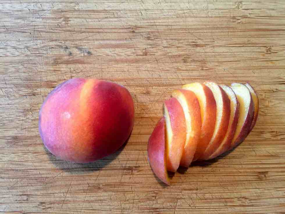 Enjoy peaches all year long with this healthy tutorial on how to Freeze Peaches