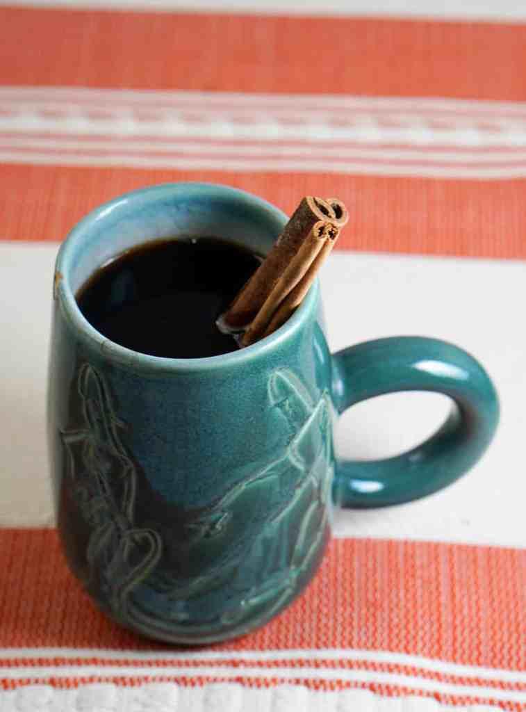 Natural Cinnamon Spiced Coffee Recipe - A truly healthy alternative to fall seasonal coffee drinks. Clean, healthy, sugar free and anti-oxidant full