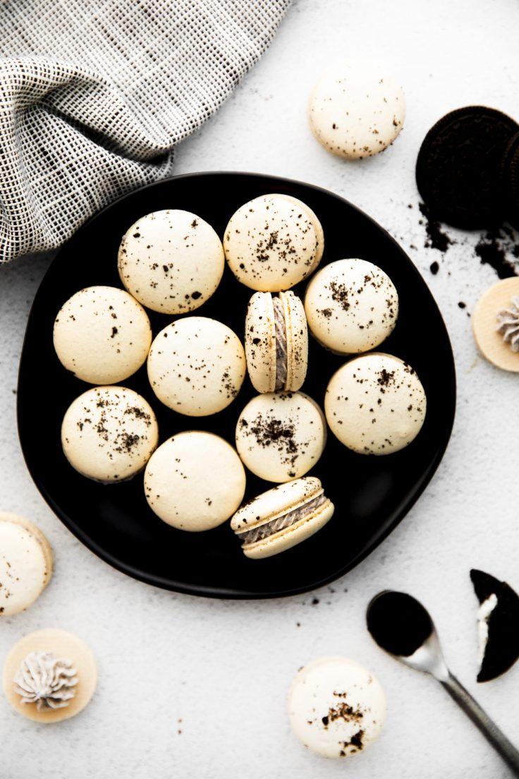 French Oreo macarons