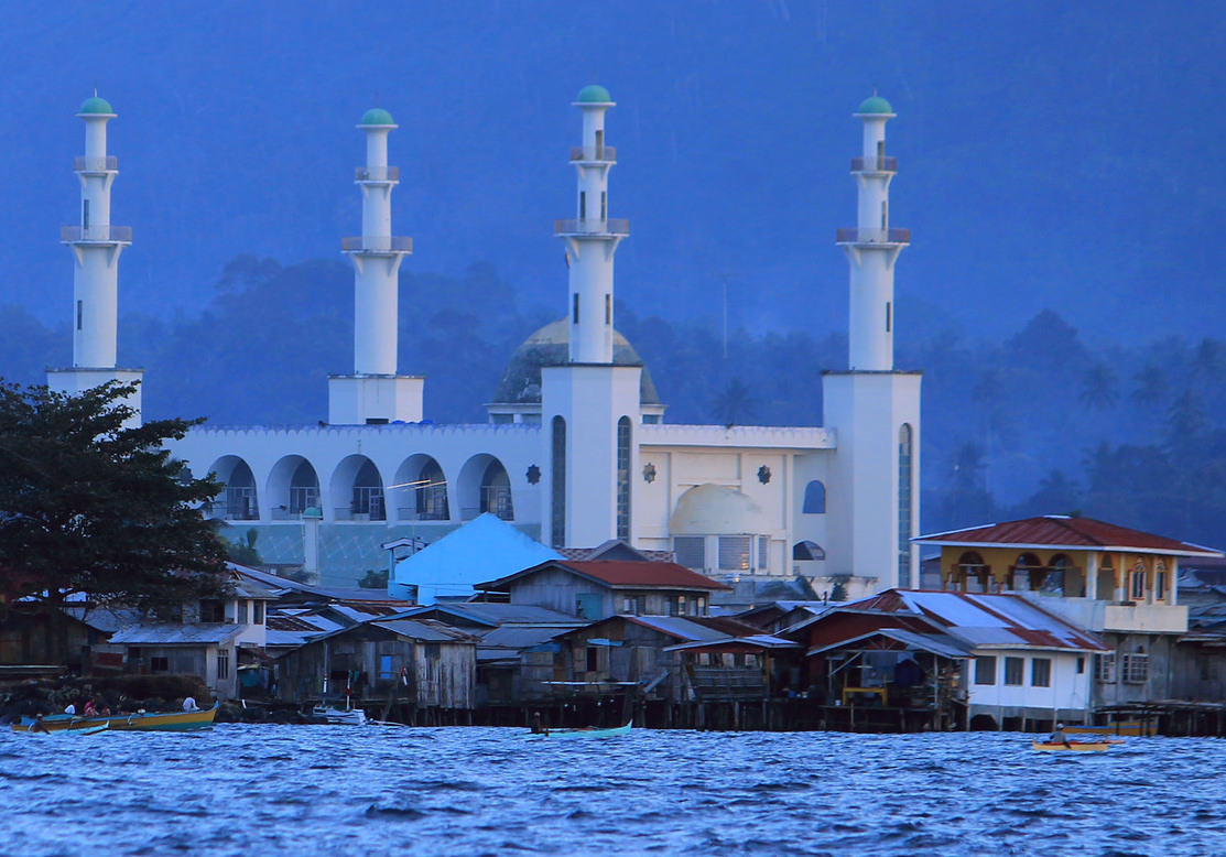 Jolo, Sulu: An Inside Look at Masjid Tulay (Tulay Mosque)