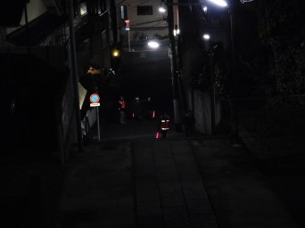 歳末夜警 (2)