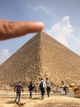 touched the piramide