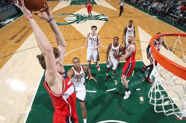 vesely-wizards-dunk