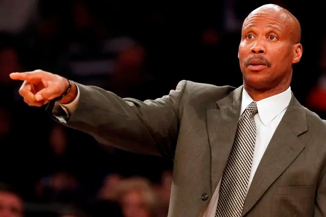 Cleveland Cavaliers head coach Byron Scott gives instructions to his team during the fourth quarter of their NBA basketball game against the New York Knicks at Madison Square Garden in New York December 15, 2012.    REUTERS/Adam Hunger  (UNITED STATES - Tags: SPORT BASKETBALL) - RTR3BMDY