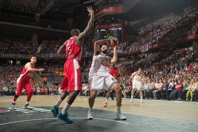 ioannis-bourousis-real-madrid-final-four-madrid-2015