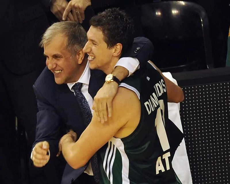 dimitris-diamantidis-and-zeljko-obradovic-panathinaikos-athens-final-four-barcelona-2011-eb10