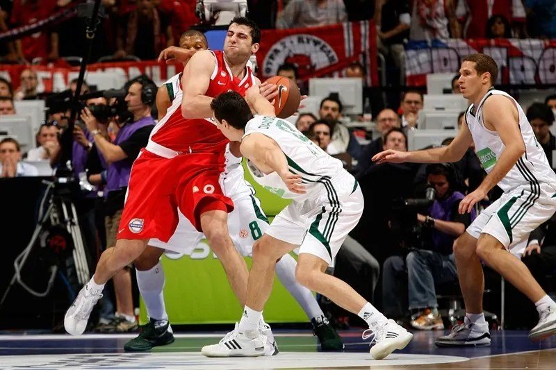 dimitris-diamantidis-panathinaikos-athens-final-four-berlin-2009-eb08