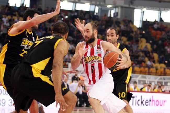spanoulis-olympiacos-aek-playoffs
