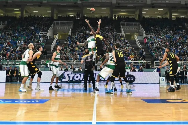 panathinaikos-pao-aris-jumpball